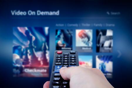 動画配信サービス(VOD)をテレビで見るおすすめの方法10選